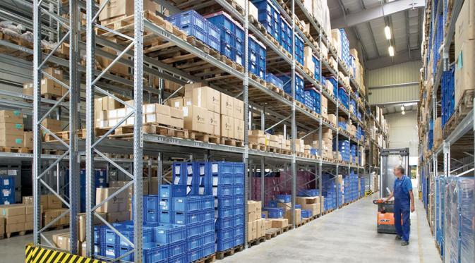 Bersaing Dengan Perusahaan Logistik Asing