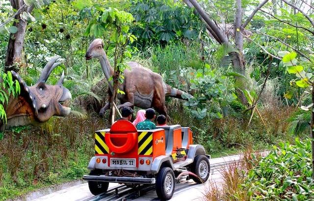 Liburan Bersama Keluarga di Jungleland Bogor