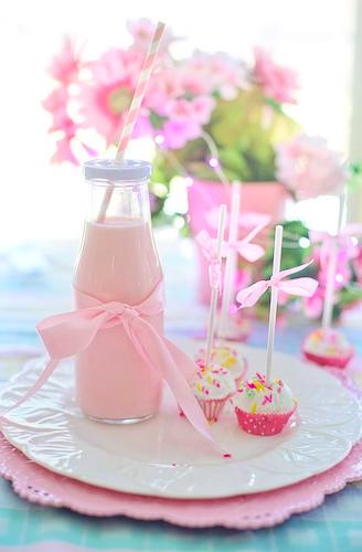 manfaat memberi warna pada susu